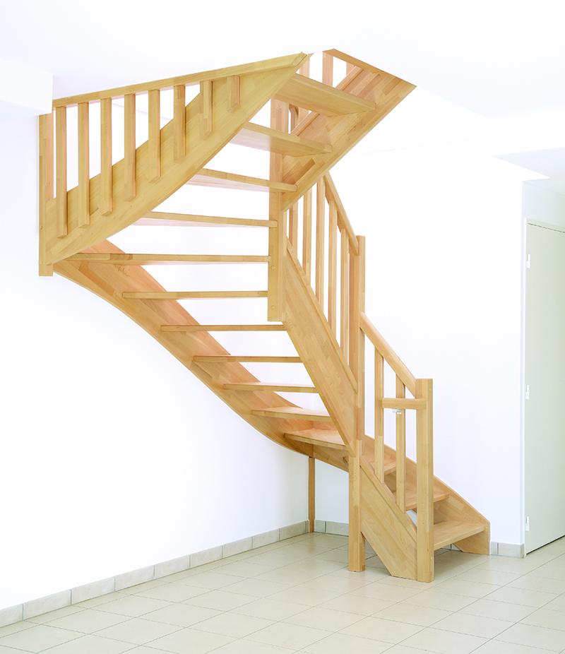 Escaliers bois authentique groupe riaux escaliers - Escalier en bois qui grince ...
